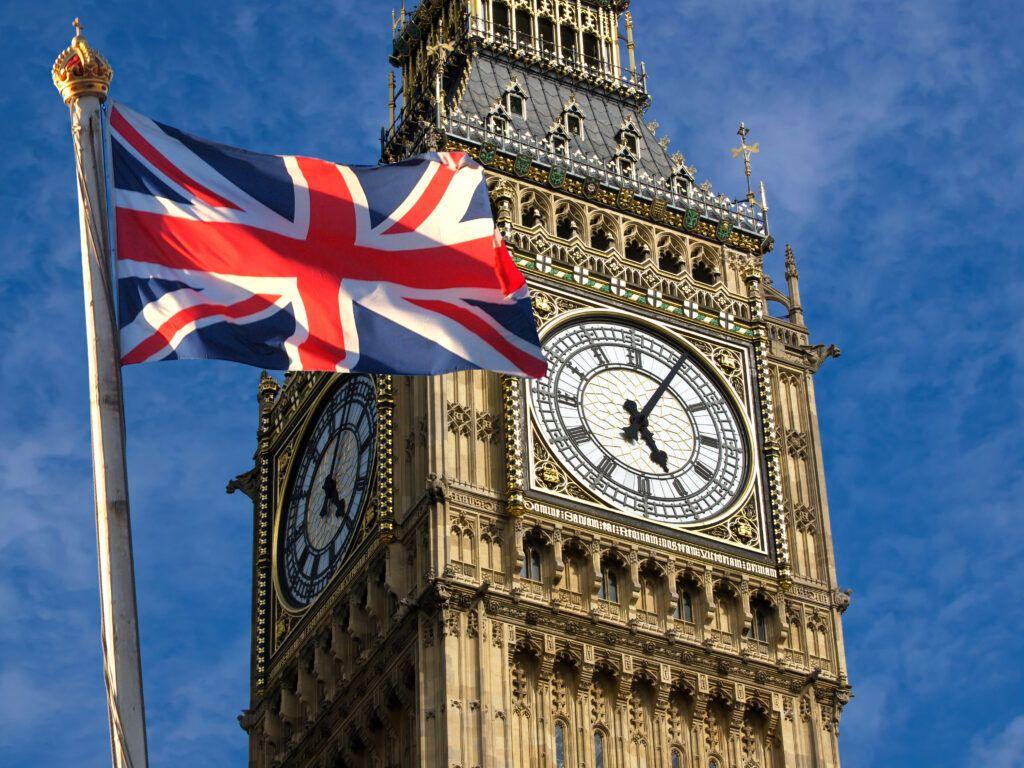 Reino Unido alerta para possível doença em crianças ligada à Covid-19