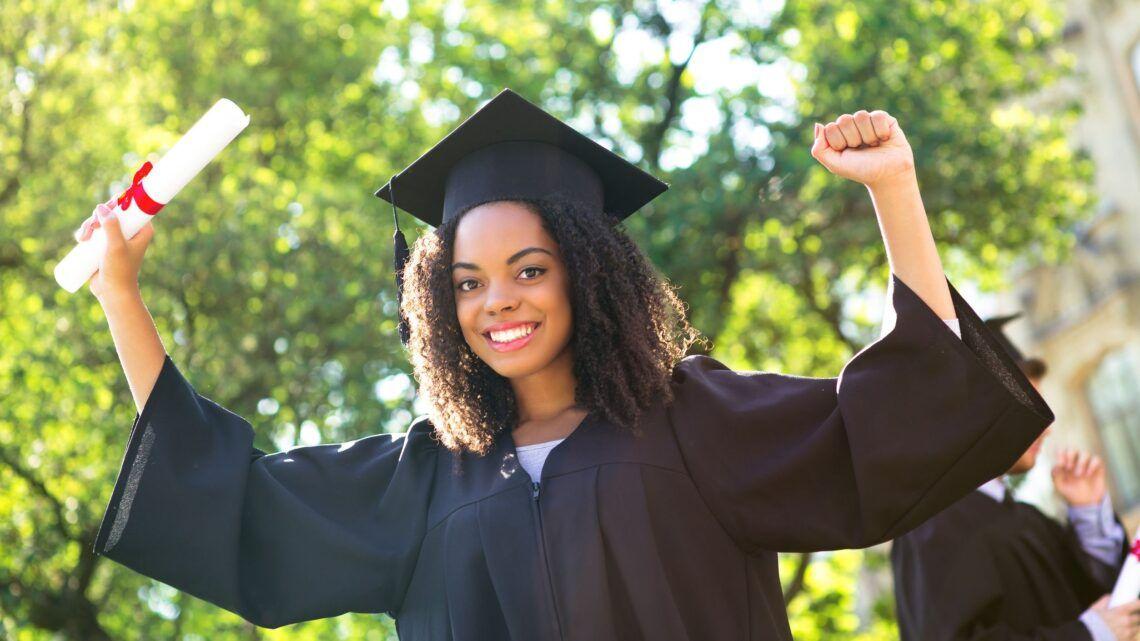 Conheça os 7 cursos mais escolhidos por mulheres