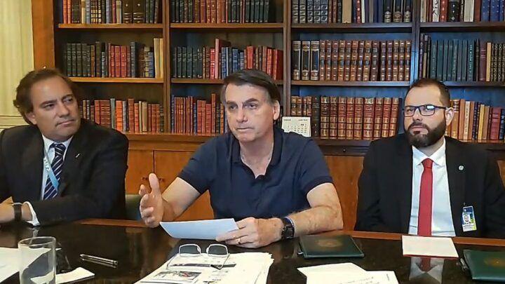Auxílio emergencial deverá ter quarta parcela, diz Bolsonaro