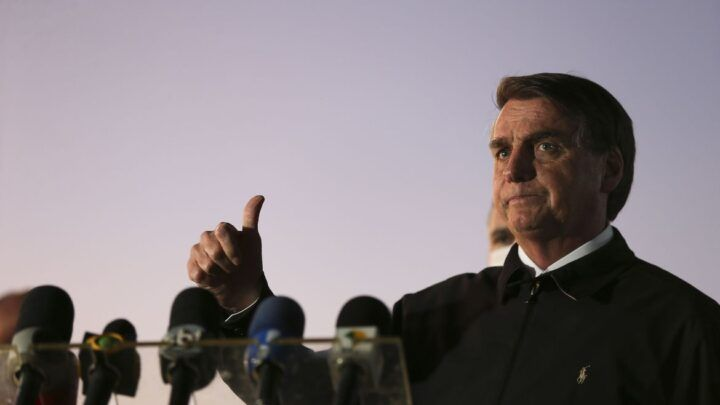 Bolsonaro critica ação do STF contra fake news