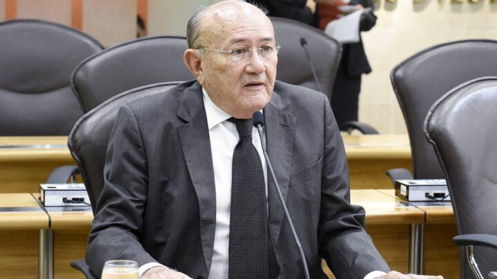 Deputado sugere aposentadoria especial para servidores do RN que combatem à Covid-19