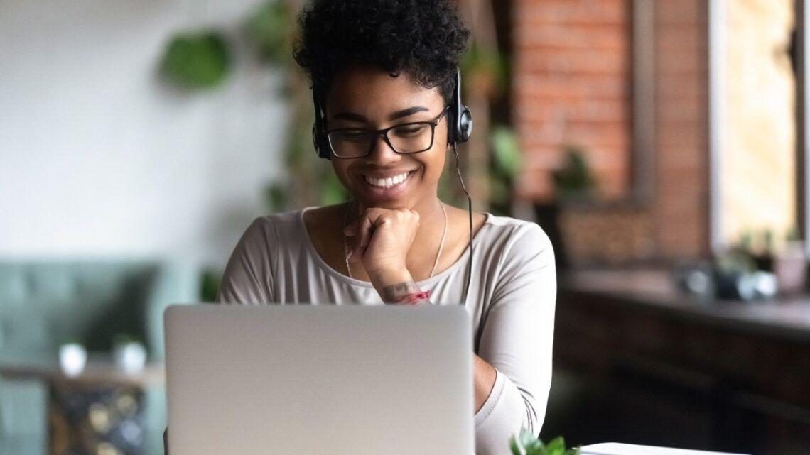 Enem 2020: cinco plataformas online e gratuitas ajudam nos estudos para o exame