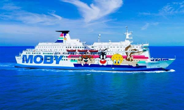 Migrante morre ao pular de navio de quarentena na Itália