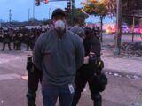 Omar Jimenez Repórter da CNN é preso durante cobertura ao vivo de protesto George Floyd em Minneapolis