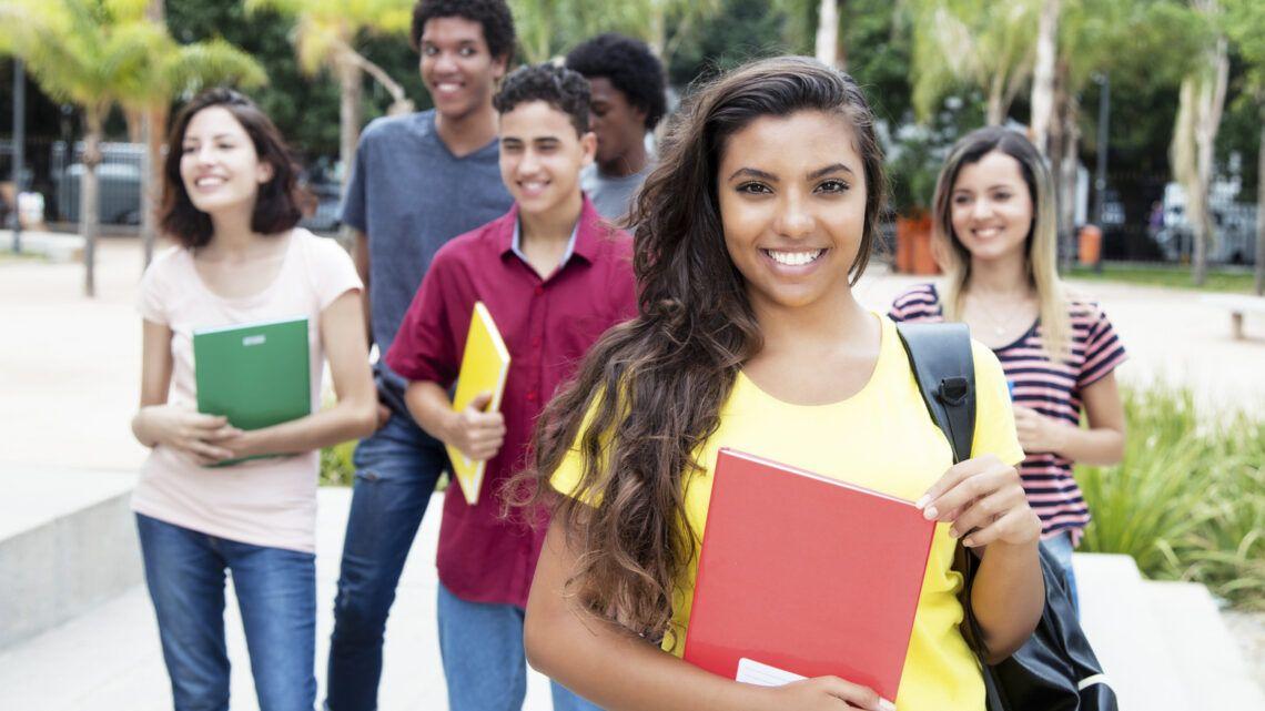 Para concorrer a uma bolsa do Educa Mais Brasil é preciso ter feito o Enem?
