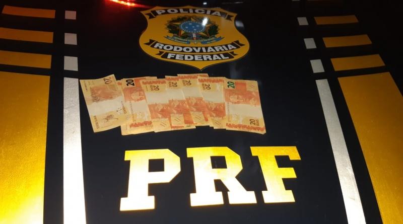 Trio é preso com dinheiro falso em Canguaretama