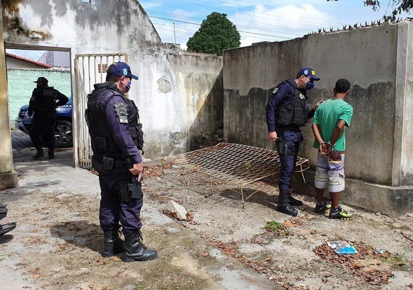 Guarda Municipal prende homem tentando furtar material de Unidade Básica de Saúde
