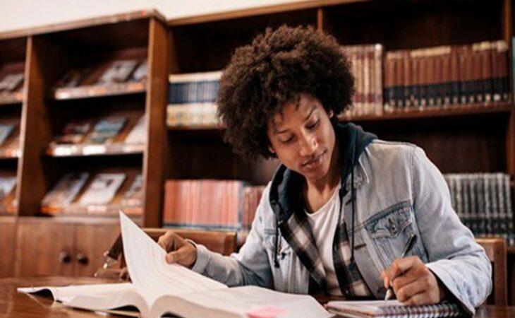 MEC revoga portaria que acabava com cotas para negros e índios em cursos de pós-graduação