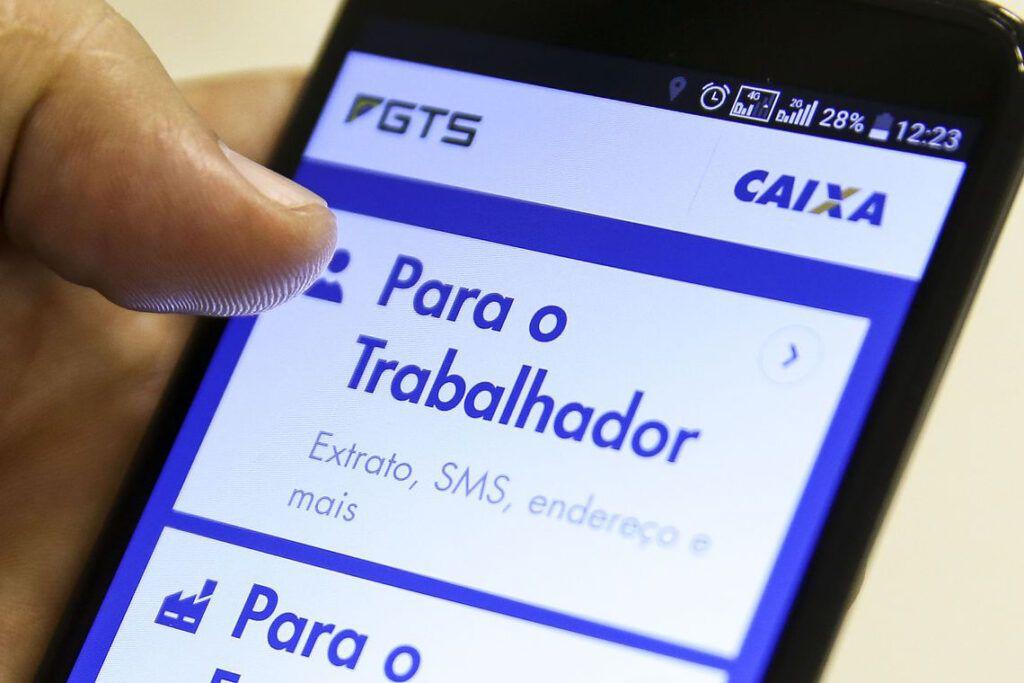 Novo saque do FGTS seguirá modelo adotado pelo auxílio emergencial