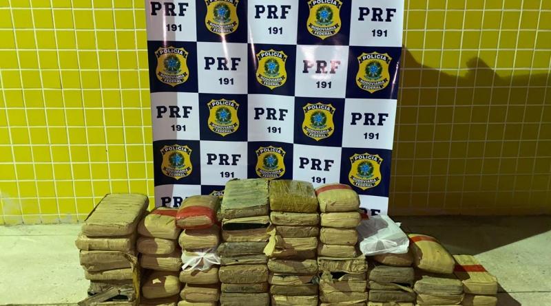 PRF apreende mais de 72kg de maconha em Macaíba