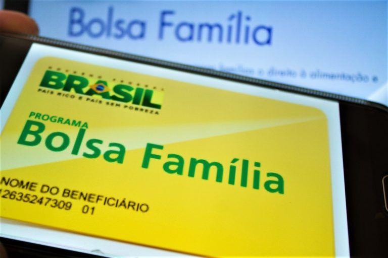 Estados do Nordeste processam União por cortes no Bolsa Família