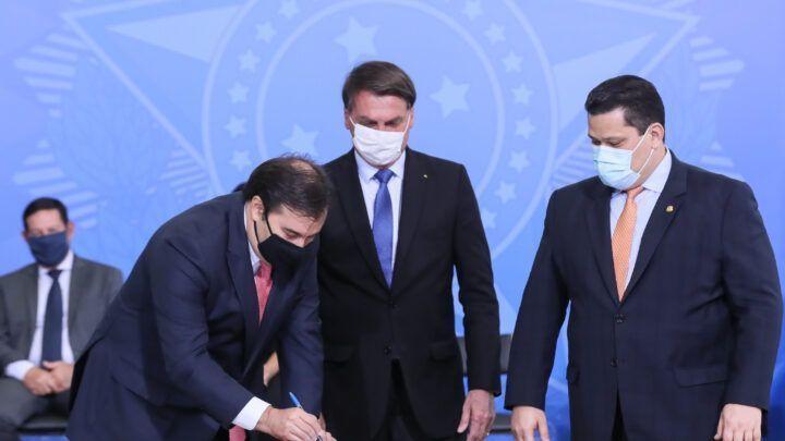 Governo prorroga auxílio emergencial de R$ 600 por mais dois meses