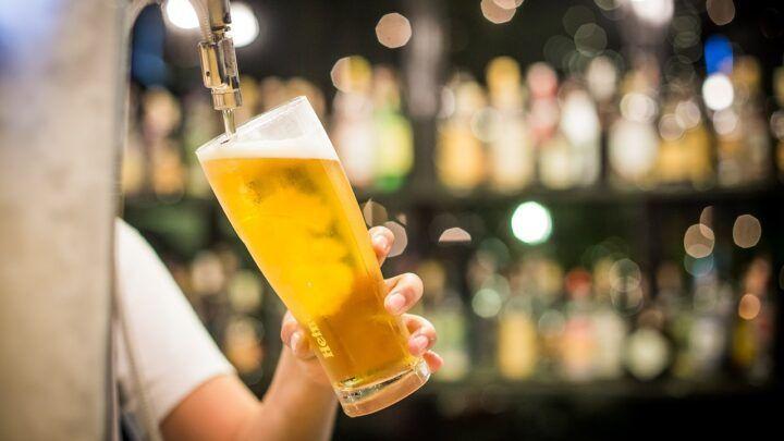 Governo do RN libera venda de bebida alcoólica em bares e restaurantes