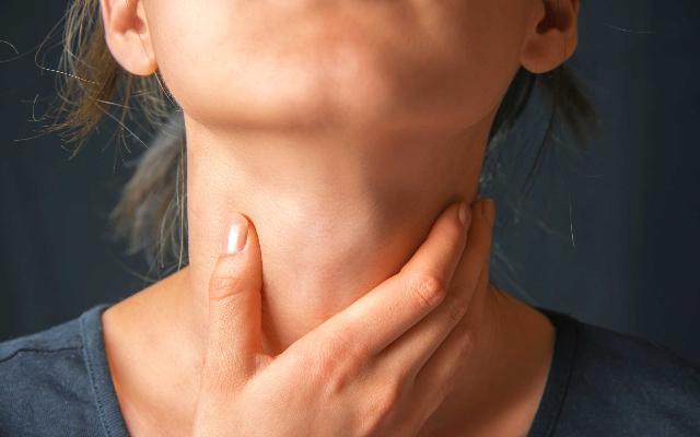 Quarentena pode contribuir para aumento de casos de laringite crônica