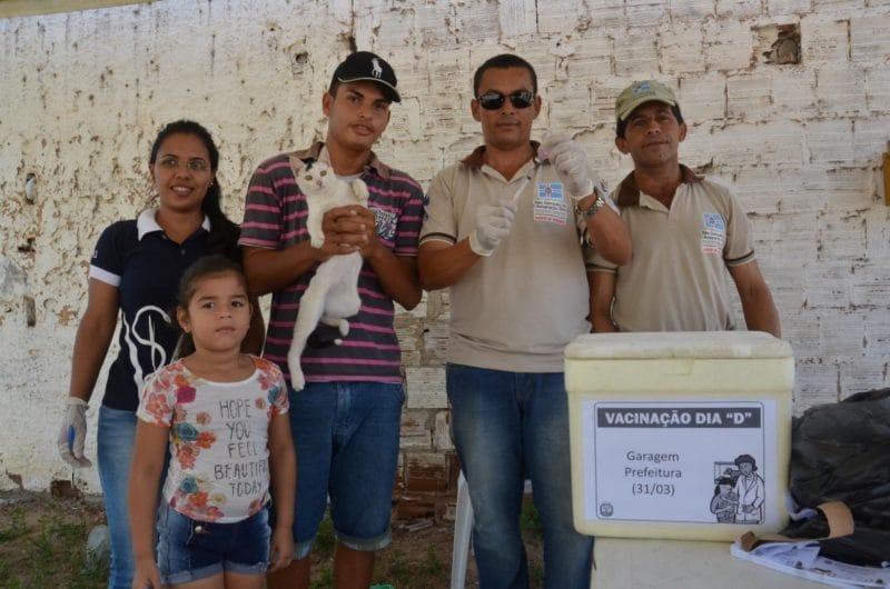 São Gonçalo inicia campanha de vacinação antirrábica para cães e gatos
