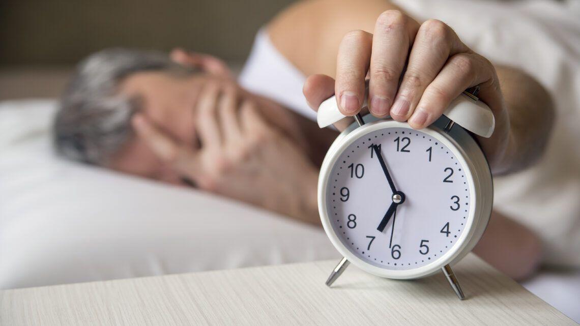 """""""Dormir mal engorda"""", alerta médico"""