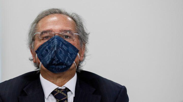Guedes propõe fim do abono salarial e da Farmácia Popular para ajustar o 'Renda Brasil'