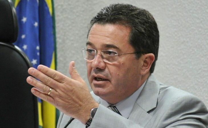 Lava-Jato apura propina paga a ministro do TCU