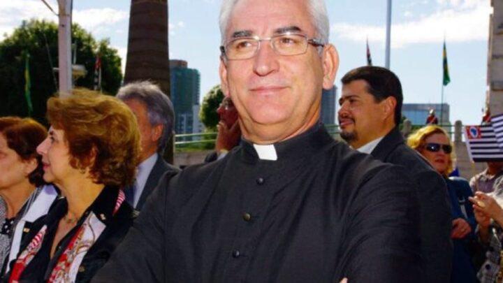 Padre militar é preso por desviar R$ 1,3 milhão de fiéis