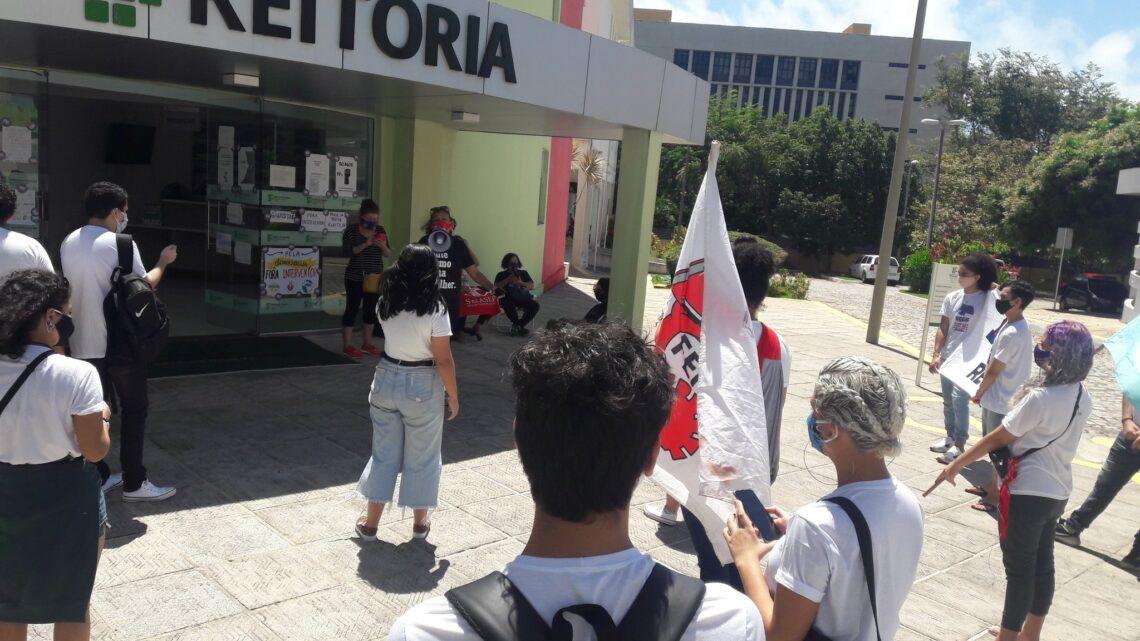 Protesto no Dia do Estudante termina com alunos do IFRN agredidos pela PM