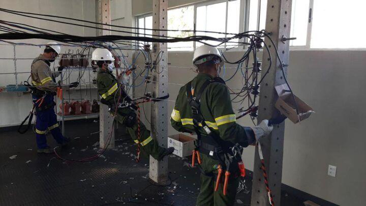 Cosern oferta curso gratuito de Eletricista de Redes