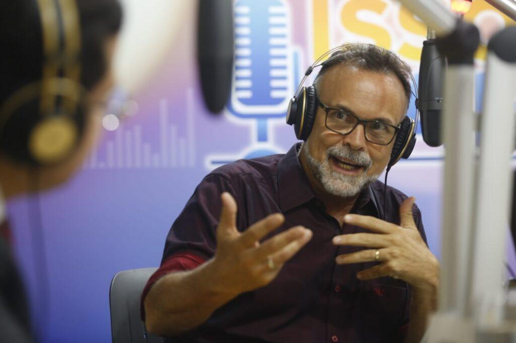 Dia Nacional do Rádio: profissionais revelam como aliar tecnologia à antiga forma de comunicar