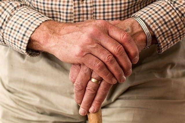 Entenda como funciona a prova de vida simplificada para servidores aposentados e pensionistas