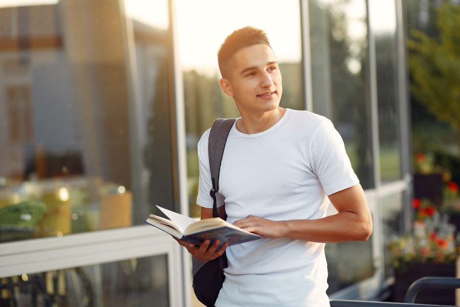 Jovem Talento CIEE: programa terá como foco capacitação de alunos do ensino médio
