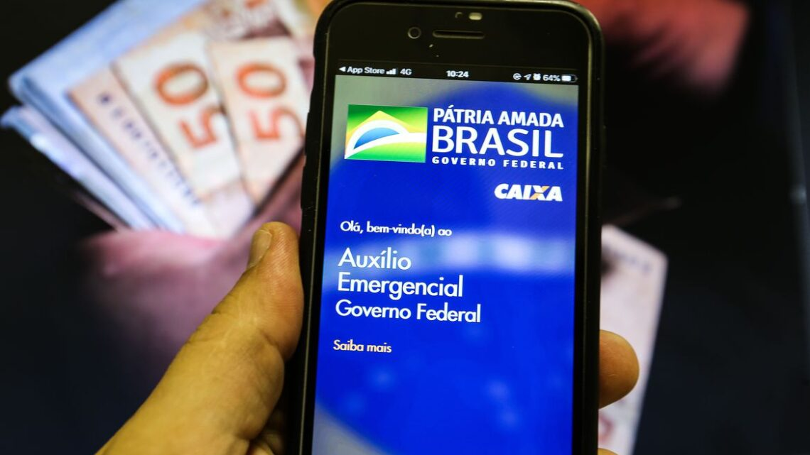 Bolsonaro sanciona PL que cria poupança social digital