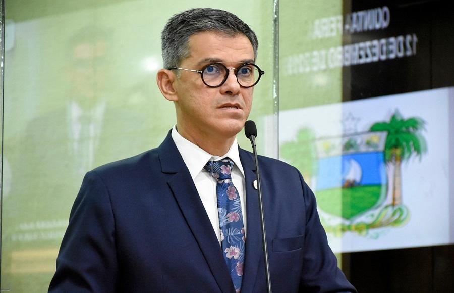 """Coronel Azevedo promete """"auxílio emergencial permanente"""" caso seja eleito em Natal"""