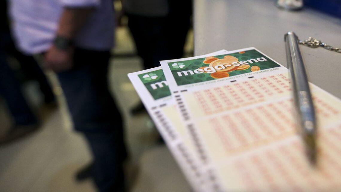 Mega-Sena sorteia prêmio acumulado de R$ 100 milhões