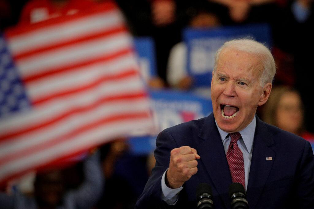 Joe Biden leva Michigan e Wisconsin e já fala como vencedor