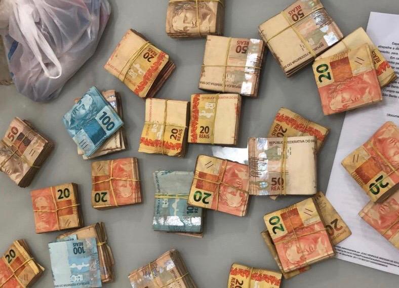Operação do MP Eleitoral encontra R$ 51,9 mil embaixo de cama de candidato potiguar
