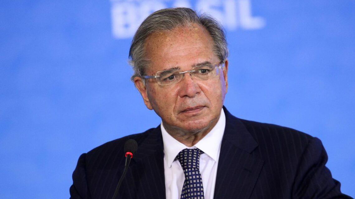 """""""Se houver segunda onda, governo pagará auxílio emergencial"""", diz Guedes"""