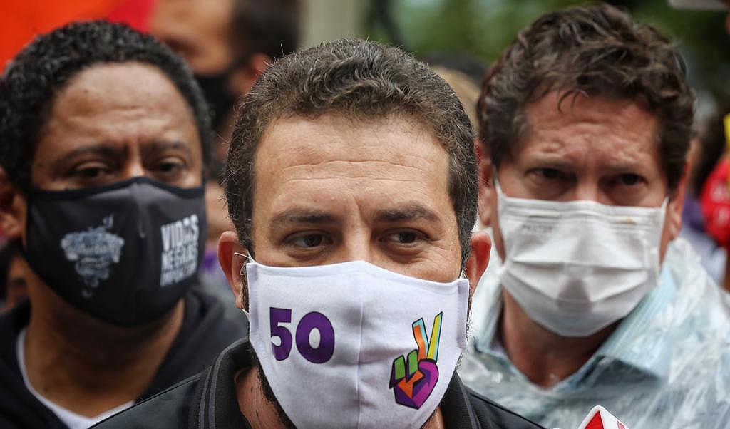 Segundo turno frustra esquerda em SP, Porto Alegre e Vitória