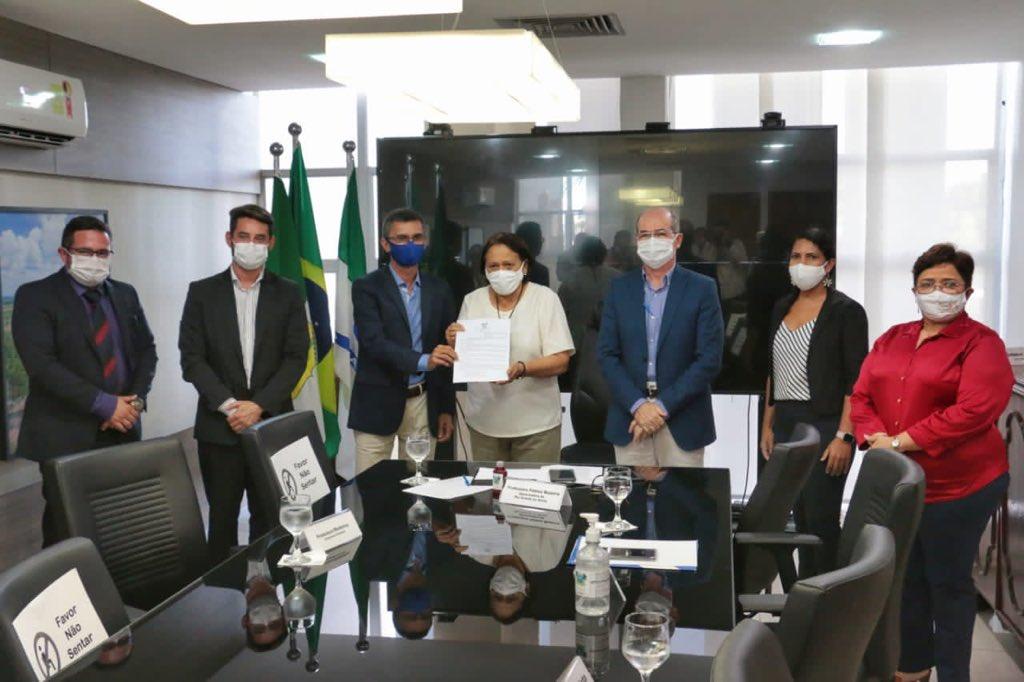 Fátima regulamenta 'CNH Popular' no RN
