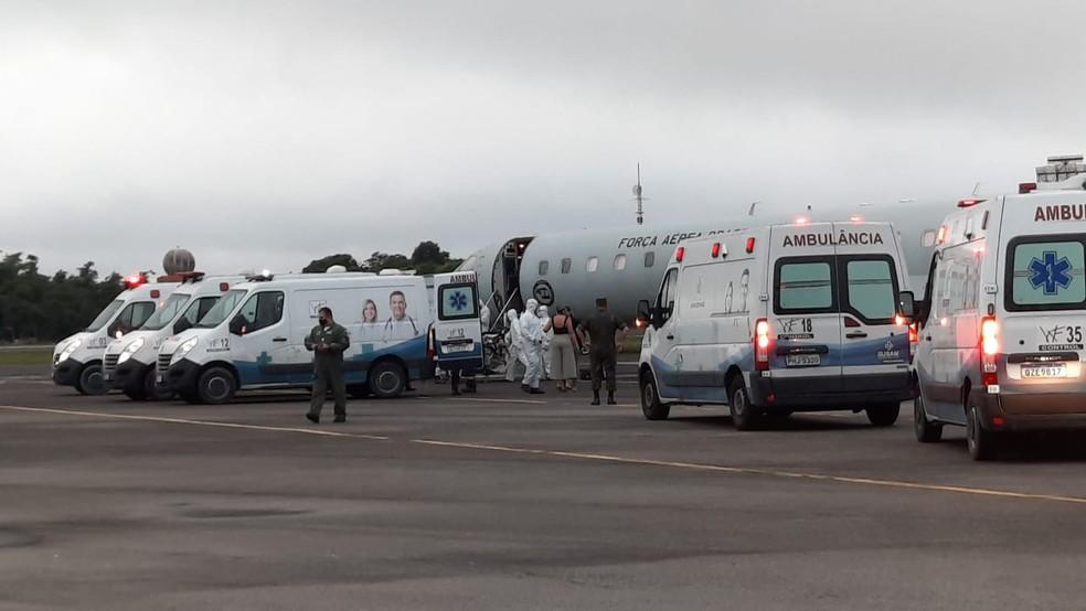 Amazonas começa a transferir mais de 230 pacientes com Covid-19; RN vai receber 10
