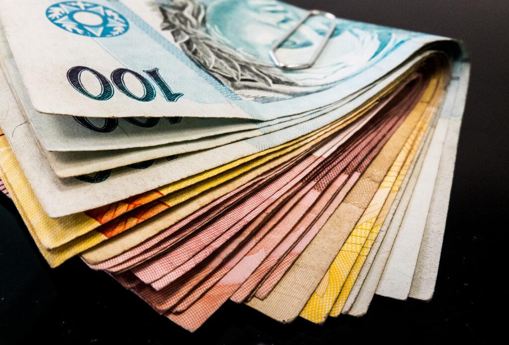 Aumenta o valor do abono do PIS; confira se você têm direito a até R$ 1.100
