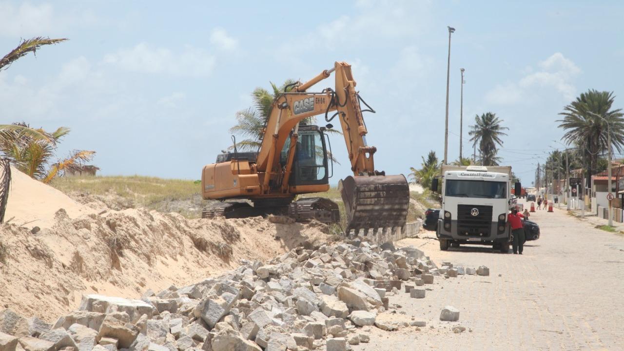 Prefeitura inicia urbanização da Praia de Pirangi