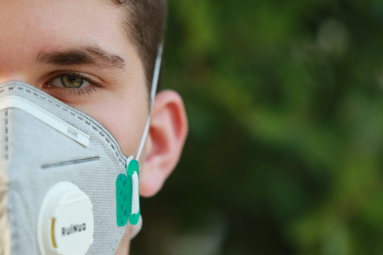 Covid-19: empresa que não entregou EPIs durante pandemia é multada pelo TRT-RN