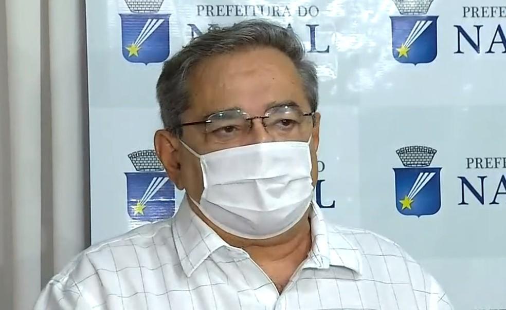 """Álvaro Dias diz que o """"limite chegou"""" e pede que população siga decreto de isolamento rígido"""