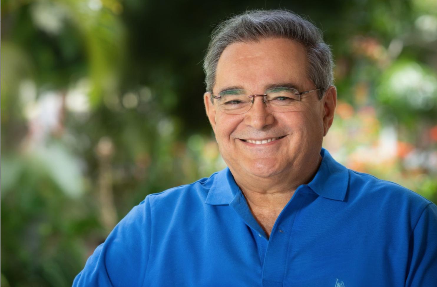 Álvaro Dias peita Governo e emite novo decreto com horários para o comércio em Natal