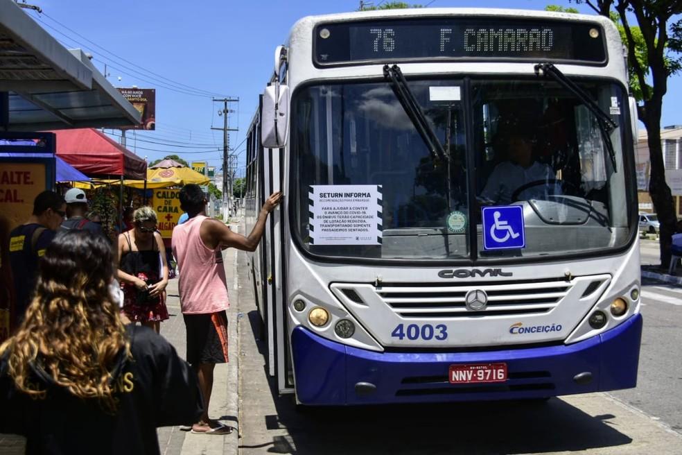 Justiça determina que prefeitura restabeleça 100% da frota de ônibus em Natal