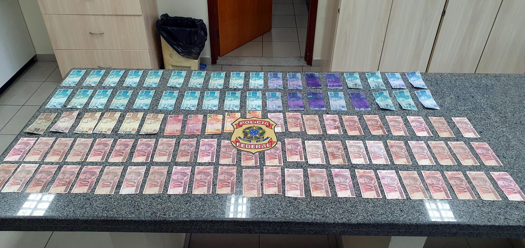 PF recupera objeto furtado da UFRN e apreende dinheiro falso em Natal