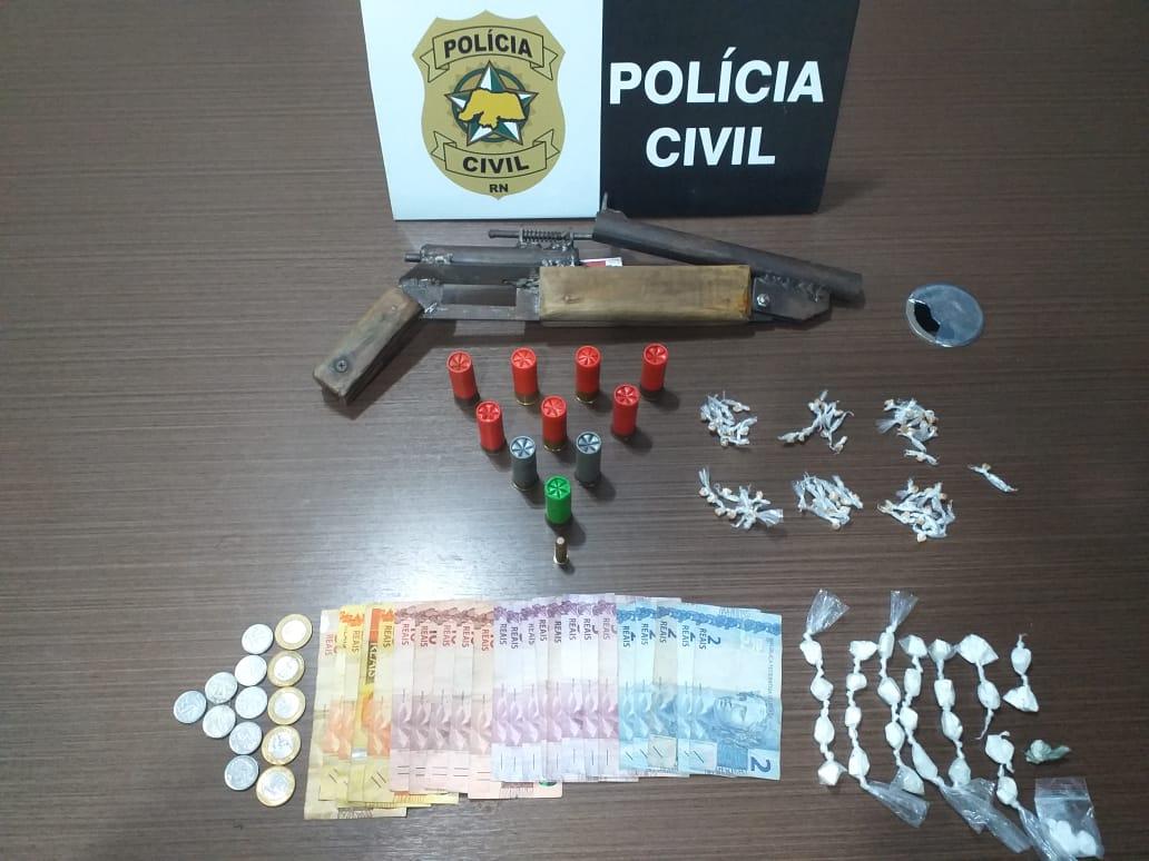 """Polícia Civil realiza operação em Macaíba e prende """"Jojo do trem"""""""
