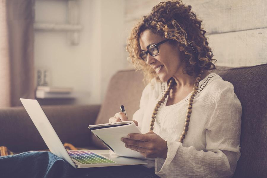 Programa oferece cursos gratuitos de Tecnologia para mulheres
