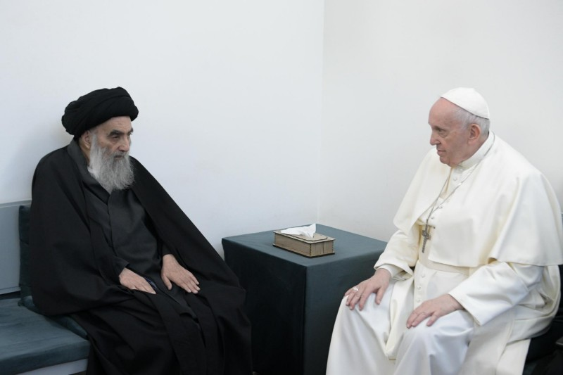 Papa Francisco tem encontro histórico com líder xiita no Iraque