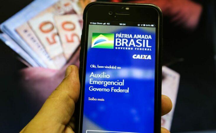 Auxílio emergencial: confira as próximas datas de saques e pagamentos do benefício em 2021