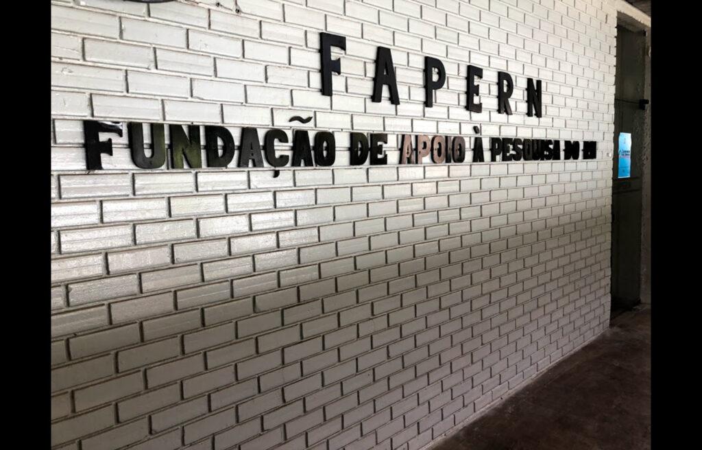 Fapern abre processo seletivo com vagas para diversas áreas da graduação