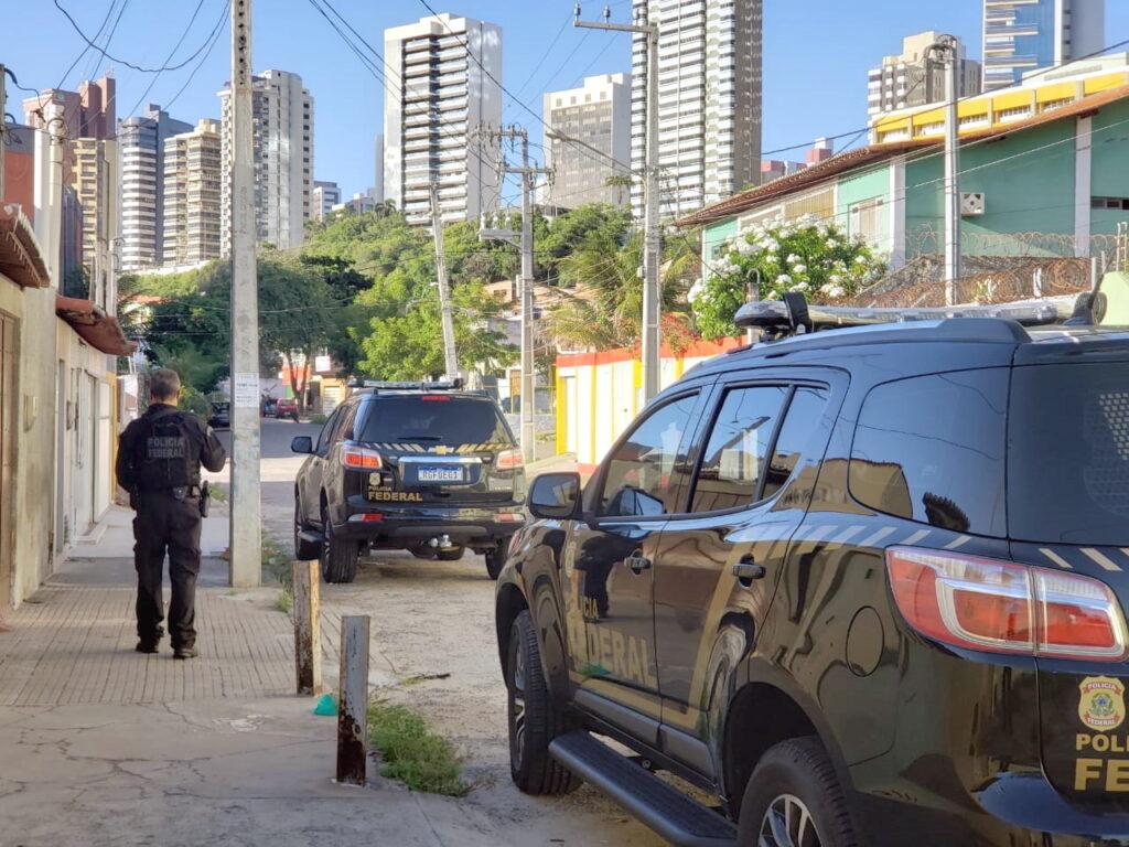 PF prende casal suspeito de tráfico de drogas em Natal